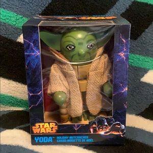 Yoda Collectible Star Wars Holiday Nutcracker NIB